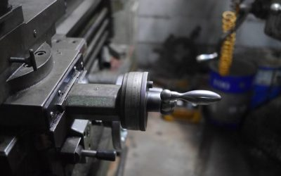 Manual Milling Applications in a Tech-Dependent World